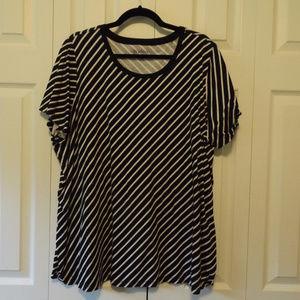White/black striped top